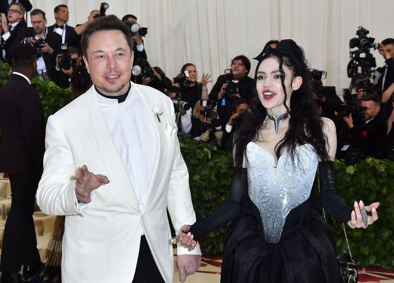 ARKIVFOTO af Elon Musk og Grimes fra 2018.