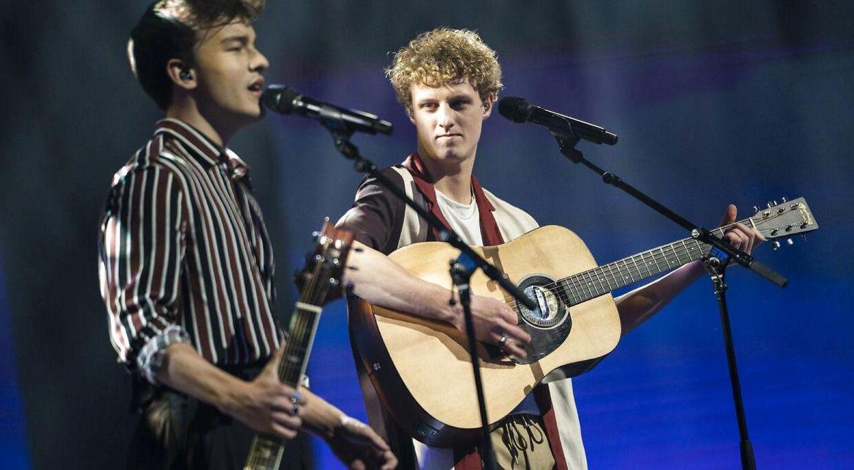 Duoen Magnus & Aksel trækker sig fra 'X Factor'.