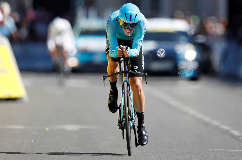 Jakob Fuglsang i aktion under Tour de France i 2019.