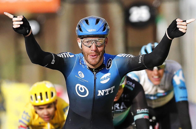Giacomo Nizzolo løftede armene i vejret ved Paris-Nice, og italieneren har haft en stor aktie i NTT Pro Cyclings flotte sæsonstart.