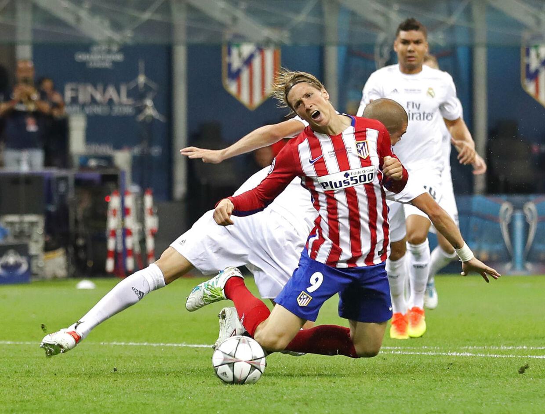 Pepe taklede Fernando Torres i Champions League-finalen i 2016. Det førte til et sammenstød med dommeren Mark Clattenburg
