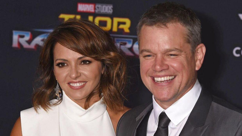 Matt Damon og hustru Luciana Barroso. Sidstnævnte er skyld i, at Matt Damon langt om længe fik kontaktet radioprogrammet.