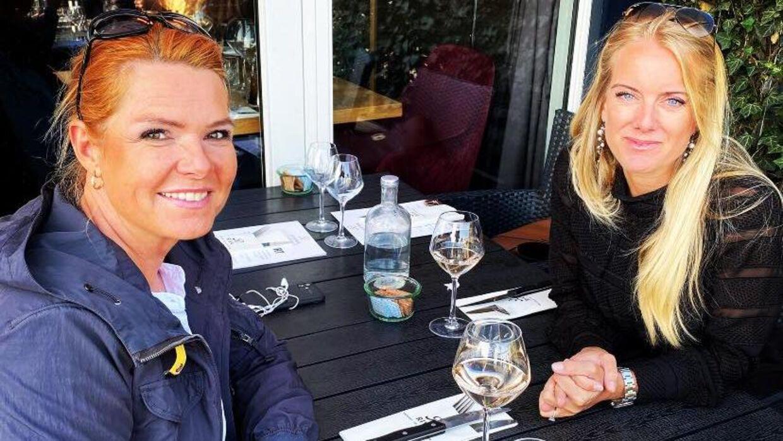 Formanden for Nye Borgerlige Pernille Vermund og Venstres næstformand, Inger Støjberg, hyggede sig sammen Kristi Himmelfartsdag.