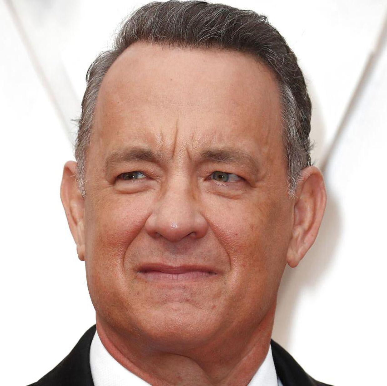 Tom Hanks må sande, at han film Greyhound, som han selv har skrevet og medvirker i, ikke kommer i biograferne.