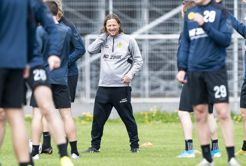 AC Horsens indtager i øjeblikket Superligaens 10. plads. Mandag møder de ligaens førerhold, FC Midtjylland, på udebane.