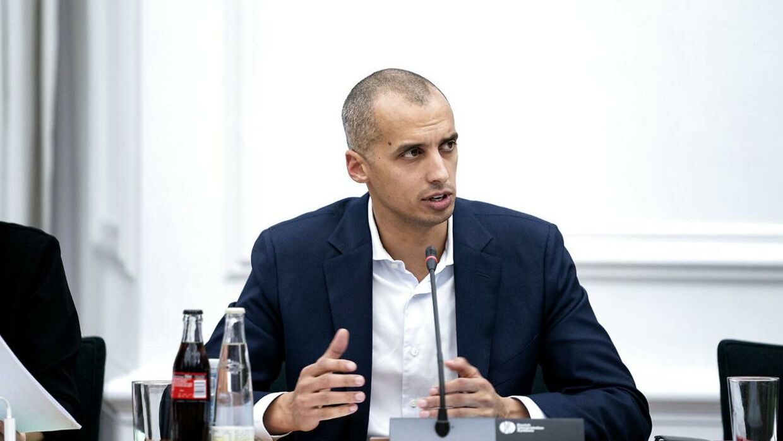 Mattias Tesfaye vil ændre loven om repatriering efter en artikel om svindel i B.T.