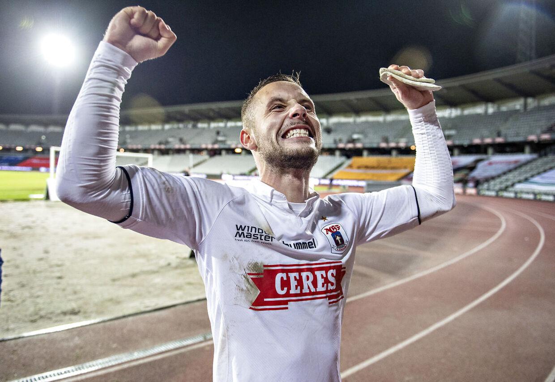 AGF's Casper Højer Nielsen, matchvinder, jubler over sejren i Superliga-kampen mellem AGF og Vejle Boldklub på Ceres Park i Aarhus mandag 3. december 2018. (Foto: Henning Bagger/Ritzau Scanpix)