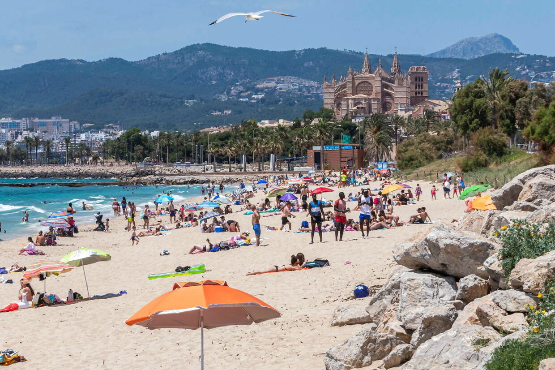 Går sommerferien til Spanien i år, så bør du ifølge de danske myndigheder gå i 14 dages hjemmekarantæne, når du kommer hjem igen.