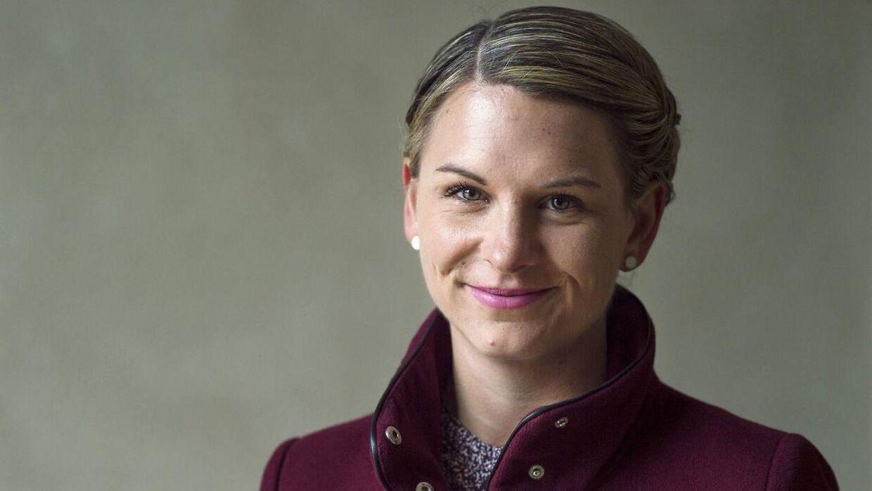 De Konservatives politiske ordfører, Mette Abildgaard, er gravid og går på barsel 1. august.