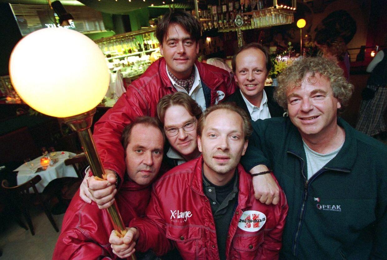 Shu-Bi-Dua fotograferet i midten af 90'erne. Jørgen Thorup gemmer sig i midten.
