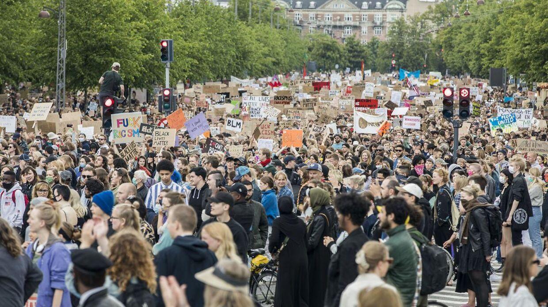 Black Lives Matter demonstration fik fyldt gaderne op i København. Nu diskuteres det om vi skal ændre vejnavne, som er opkaldt efter danskere, som ejede slaver.