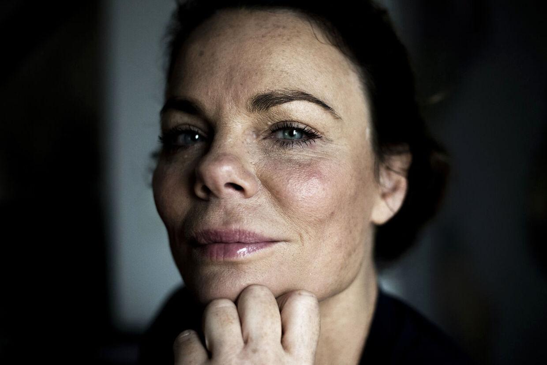 """Radiovært og forfatter Ditte Okman. Fotograferet i forbindelse med hendes nye bog """"Tynd og rig""""."""