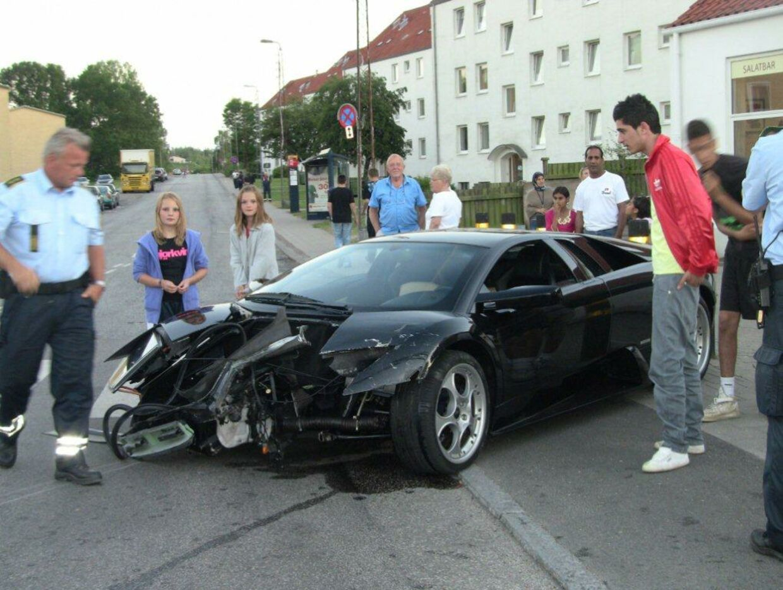En 16-årigs vanvidskørsel blev en dyr fornøjelse for ejeren af denne Lamborghini Murcielago.