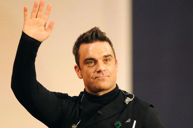 Nu er det officielt. Som BT afslørede i september kommer Robbie Williams til Danmark i 2013.
