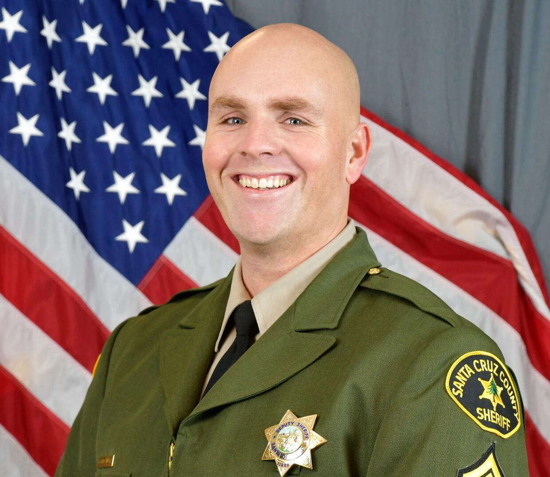 Damon Gutzwiller var den betjent, som blev dræbt i et skuddrama med Steven Carillo 6. juni.