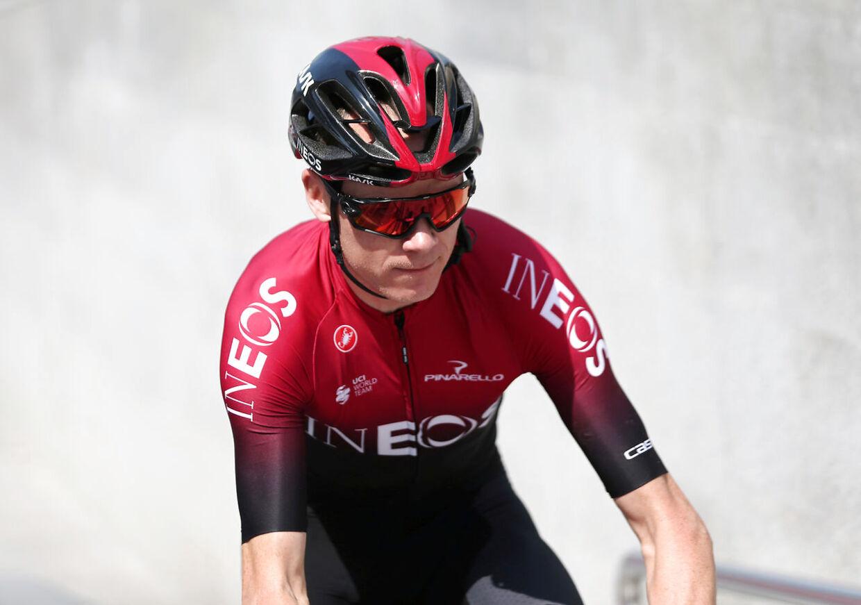 Chris Froome på cyklen i begyndelsen af året.