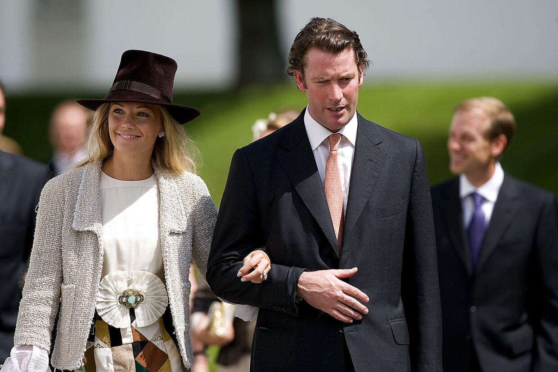 Caroline Fleming og Rory Fleming, nevø til 'James Bond'-forfatteren Ian Fleming, var gift fra 2001 til 2008 og fik sammen børnene Josephine og Alexander.