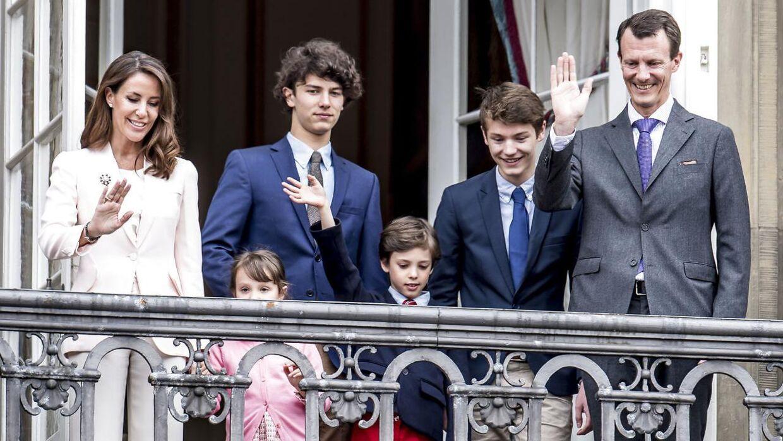 Prinsesse Marie, prinsesse Athena, prins Nikolai, prins Henrik, prins Felix og prins Joachim.