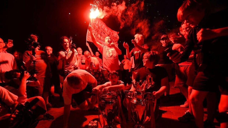 Liverpool-fans fejrede den store triumf torsdag aften.