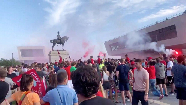 Liverpool-fans forsamlede sig på byens Pier Head for at fejre mesterskabet.