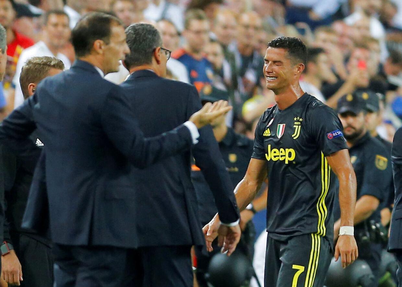Cristiano Ronaldo havde svært ved at holde tårerne tilbage efter udvisningen mod Valencia, i september 2018.