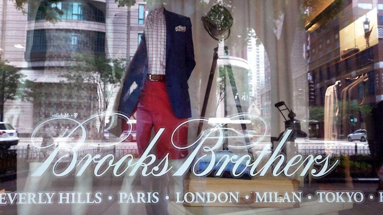 ARKIVFOTO fra en Brooks Brothers-butik i Chicago.