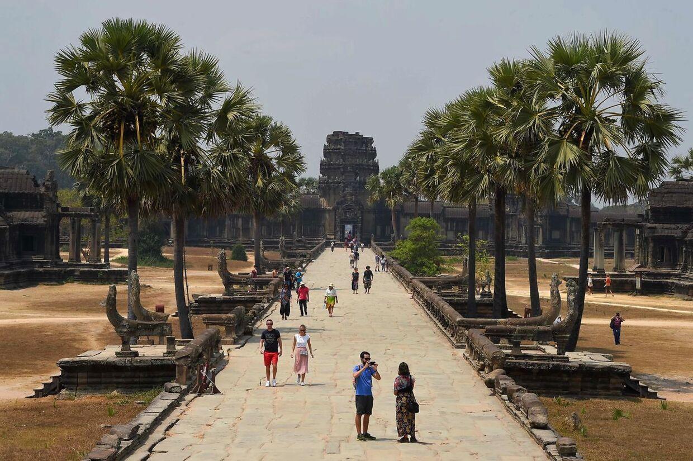 Templet Angkor Wat ligger i Siem Reap-provinsen og tiltrækker normalt halvdelen af Cambodias seks millioner turister om året. Der er dog ikke kommet mange under coronakrisen.