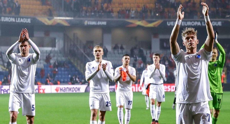 FCK-spillerne efter første opgør mod Istanbul Basaksehir.