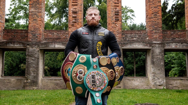 Bokseren Patrick Nielsen står frem og fortæller, at han er blevet optaget i motorcykelklubben Satudarah. (Thomas Sjørup)