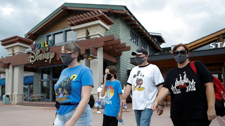Disney World åbner, selvom parken ligger midt i corona-epicenter. REUTERS/Octavio Jones