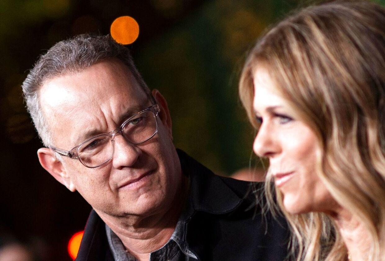 Både Tom Hanks og hans kone Rita Wilson har været smittet med corona.