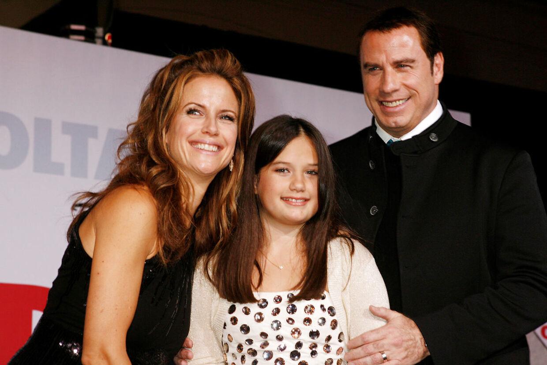 Skuespilleren John Travolta og hustruen, Kelly Preston, sammen med deres datter Ella Bleu Travolta.