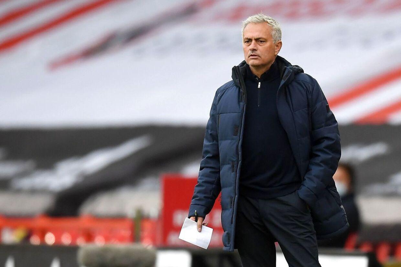 José Mourinho er ikke tilfreds med CAS' beslutning om at omstøde den dom på to års udelukkelse, som Manchester City oprindeligt havde fået for brud på Financial Fairplay-reglerne.