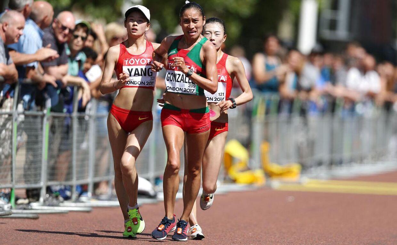 Maria Guadalupe Gonzalez i front under verdensmesterskabet i London i 2017. Mexicaneren endte med at vinde en sølvmedalje i løbet, der strakte sig over 20 kilometer.