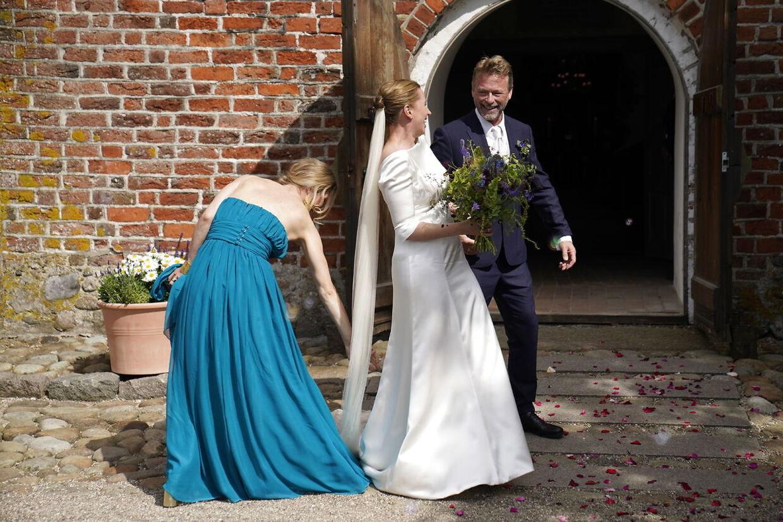 Vielsen mellem Statsminister Mette Frederiksen og filmfotograf Bo Tengberg i Magleby Kirke på Sjælland, onsdag den 15. juli 2020. Mette Frederiksen og Bo Tengberg blev gift onsdag eftermiddag. De har officielt dannet par siden 2014 og har været forlovet siden 2017. Brylluppet har af flere omgange været udskudt.