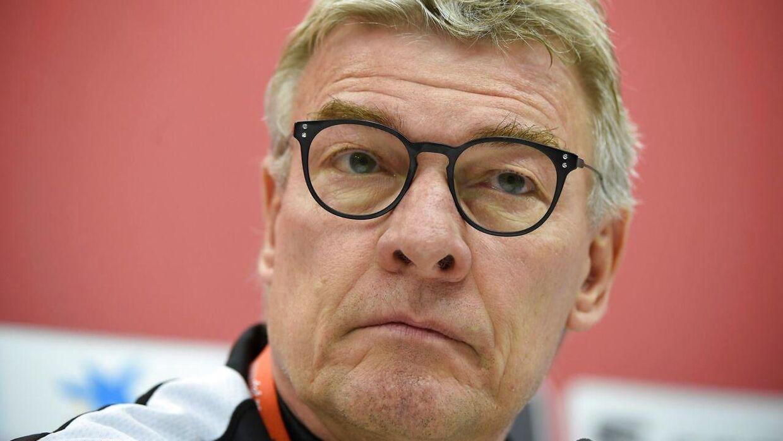 Lars Olsen nåede ikke engang at være træner for Esbjerg fB i et år, før han sagde op tilbage i juni.