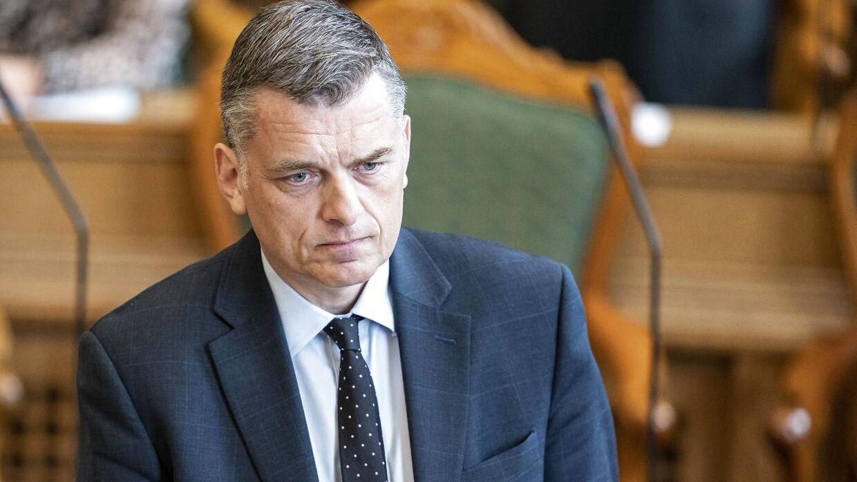 Venstres Jan E. Jørgensen frygter, at regeringen vil bruge stigning i udgifter til EU til at hæve skatter og afgifter i Danmark.