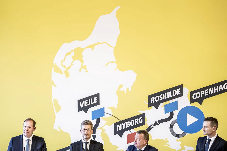 Tour de France-direktør Christian Prudhomme, Københavns overborgmester, Frank Jensen (S), daværende statsminister Lars Løkke Rasmussen (V) og daværende erhvervsminister Rasmus Jarlov (K) holder pressemøde om Tour de France på Københavns Rådhus, torsdag 21. februar 2019. Den franske region Bretagne bringes i spil som startby for Tour de France i 2021 i stedet for København.