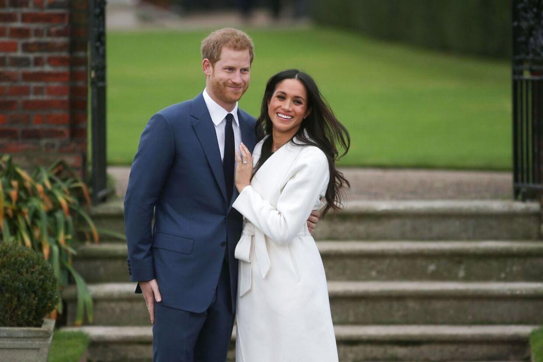 Prins Harry og hertuginde Meghan vd deres forlovelse i 2017.