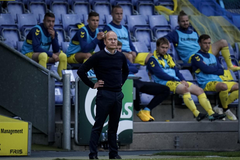 Cheftræner Niels Frederiksen savnede noget i offensiven i foråret, men han mener alligevel, at holdet præsterede ganske udmærket. (Arkivfoto) Niels Christian Vilmann/Ritzau Scanpix