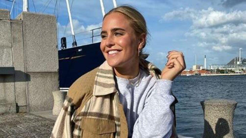 Sarah Bro er lige nu bosiddende i Danmark.