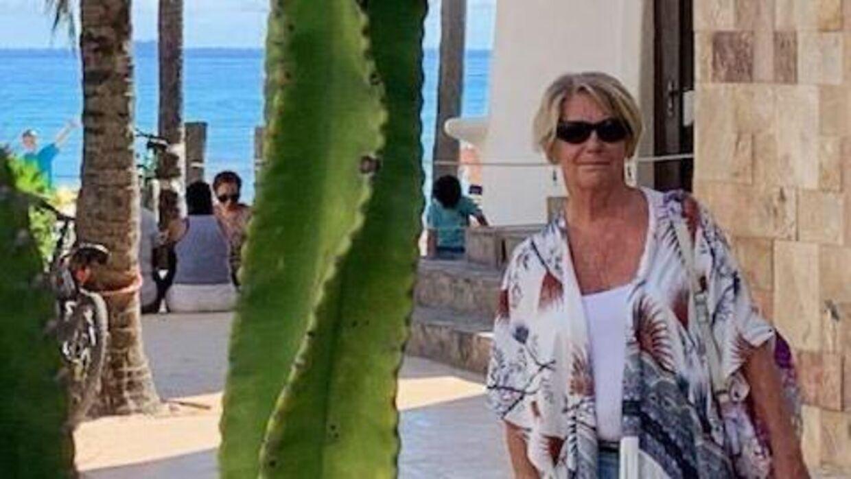 75-årige Solveig Kjærulff. Her på ferie. Privatfoto