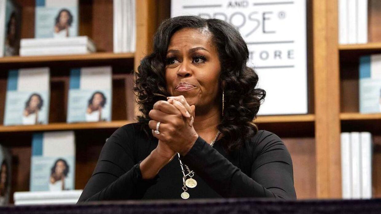 Michelle Obama lide af svag depression, fortæller hun