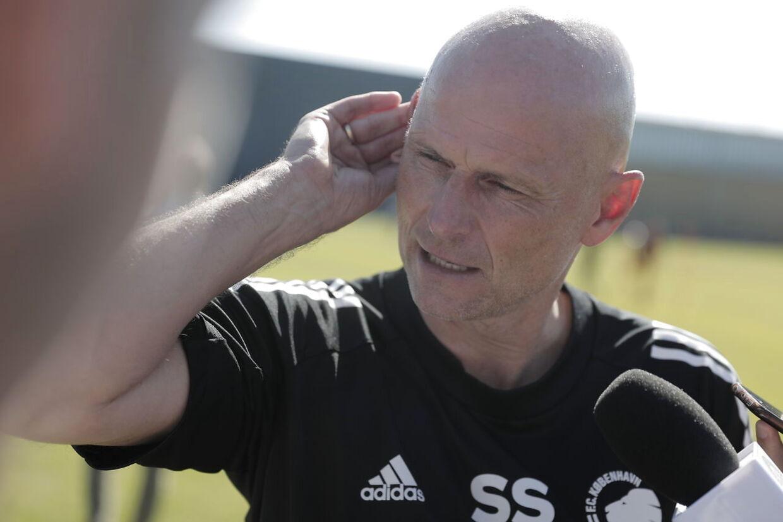 Ståle Solbakken med FCK-træning torsdag – Kamil Wilczeks første for FCK.