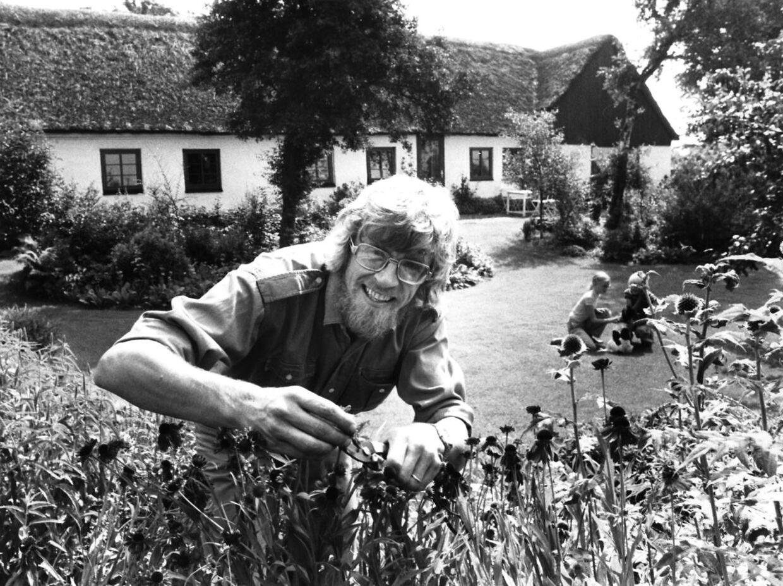 Selvom 'Søren Ryge direkte' 'kun' har eksisteret i 28 år, har Søren Ryge Petersen været fast inventar på DR i 42 år.