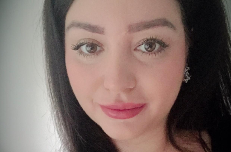 »Vi har ingen fjender, så jeg tror, at det er en form for had mod vores butik,« siger Katja Caglak, 29.