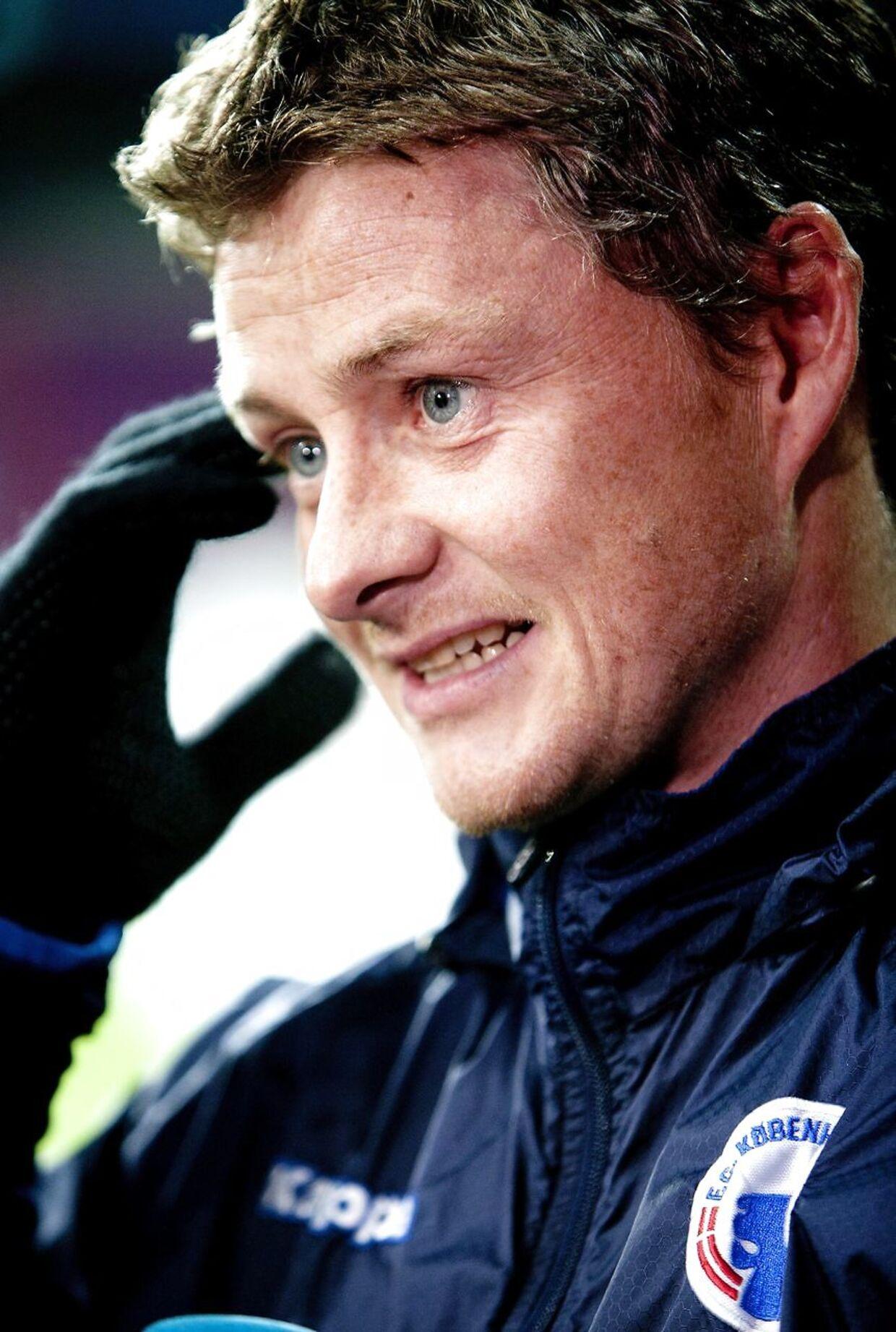 Ole Gunnar Solskjær var med på træningsbanen i Parken forud for braget mod Chelsea.