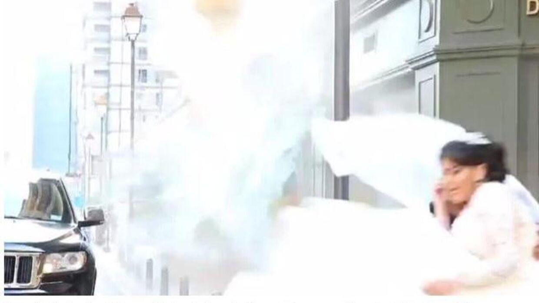 Og pludselig rammer eksplosionen. Foto: Screenshot fra video.