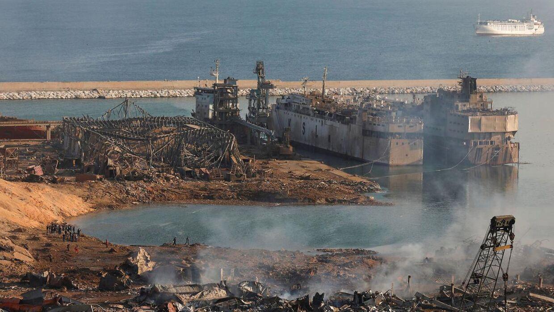 5. august sprænger et lager fyldt med sprægstoffer på Beiruts havn i luften. (Foto: MOHAMED AZAKIR/Ritzau Scanpix)