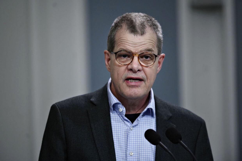 Faglig direktør for Infektionsberedskab i Statens Serum Institut Kåre Mølbak fortalte mandag 10. august, at »smittespredningen bobler«, og at smittetrykket nu er 1,4. (Foto: Philip Davali/Ritzau Scanpix)